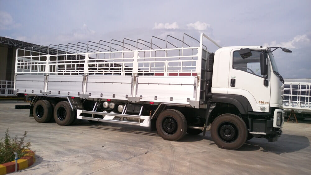 4. Xe tải Isuzu VM Vĩnh Phát FV330